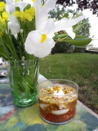 Oeufs de caille et foie gras en gelée au porto sur lit sucré/salé + Vin
