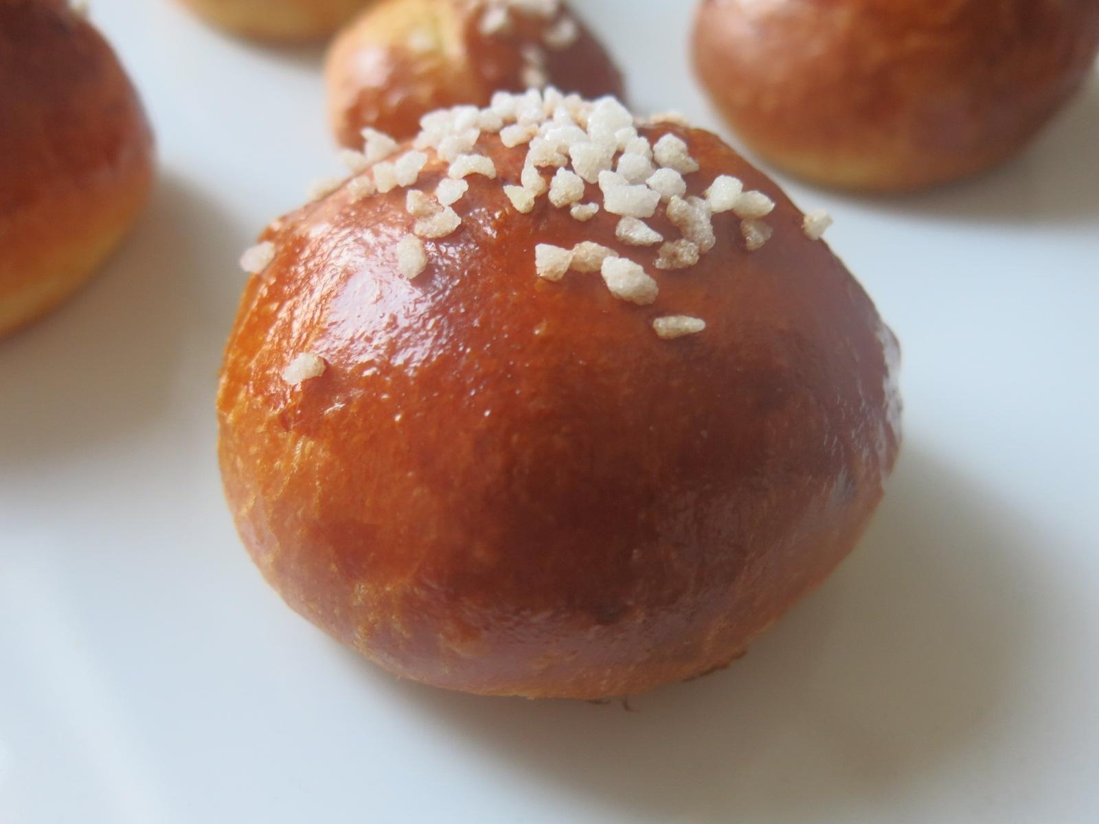 Boule briochée au sucre perlé