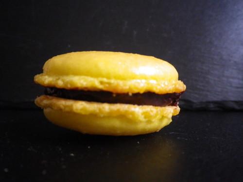 Macaron au chocolat (meringue française)